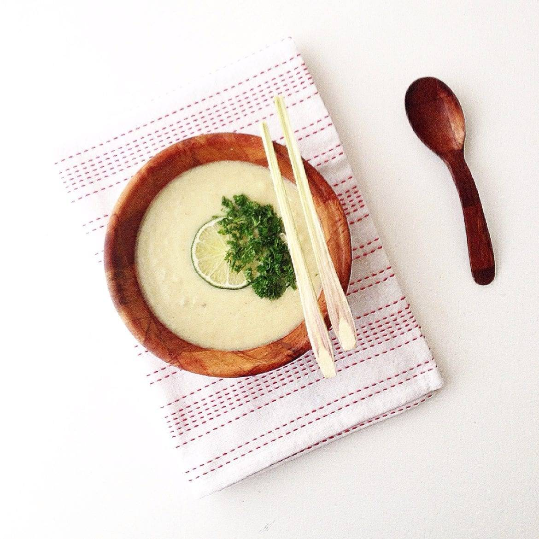 Bloemkoolsoep met Thaise groene curry, gember en citroengras Oxfam recept