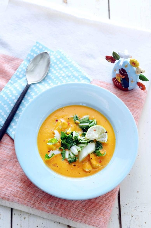 Maaltijdsoep van zoete aardappel en rode curry Oxfam recept