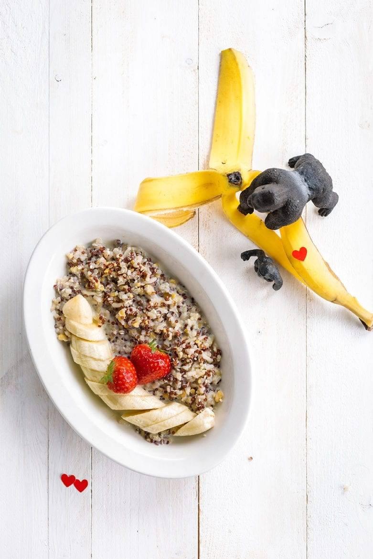 Quinoa met banaan, aardbei en chiazaadjes Oxfam recept