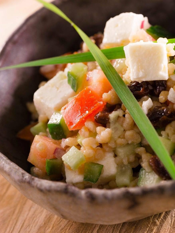Voorjaarssalade van couscous met daslook Oxfam recept